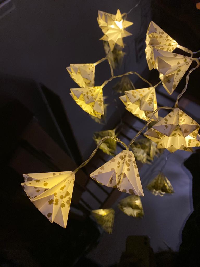 Digitaler Workshop: Lichterkette mit selbstgefaltenen Laternen